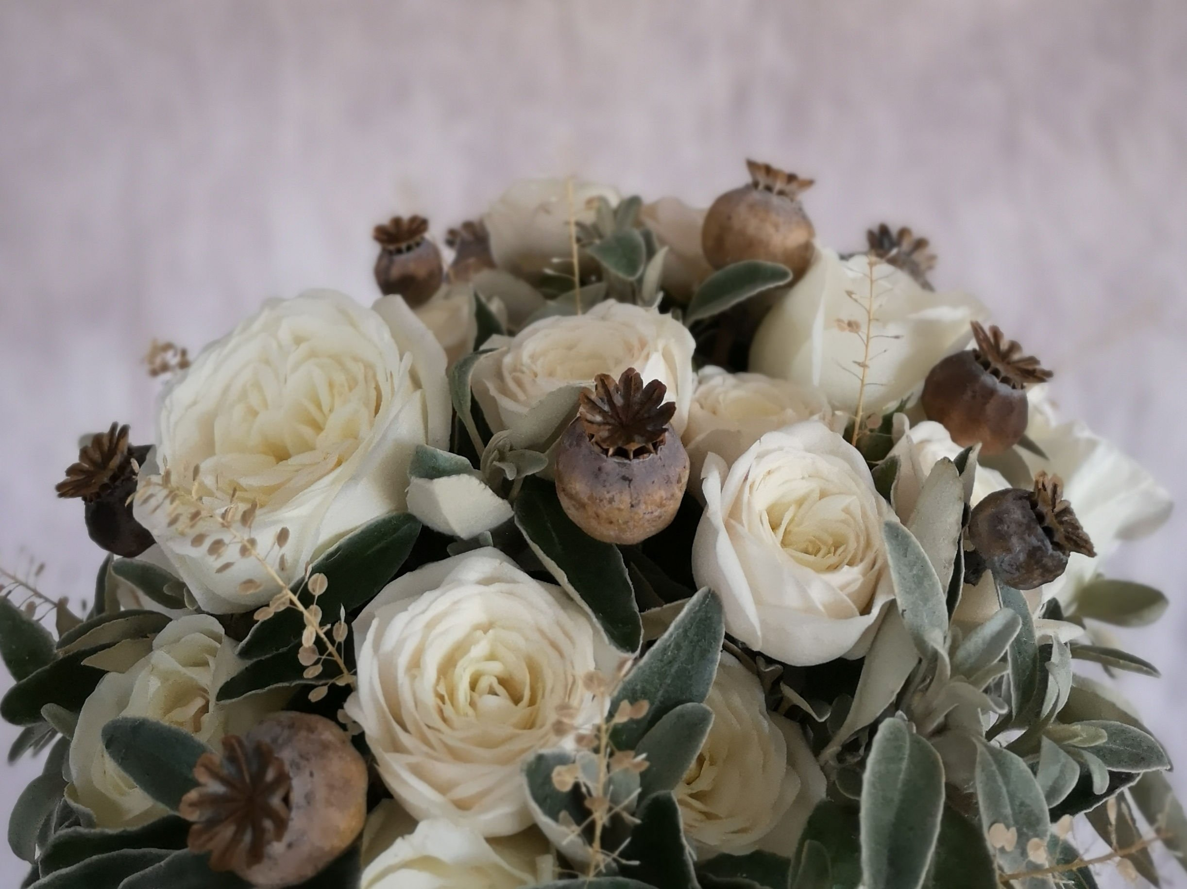 Why wedding flowers cost so much